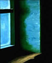 023 Aurore près d'une fenêtre